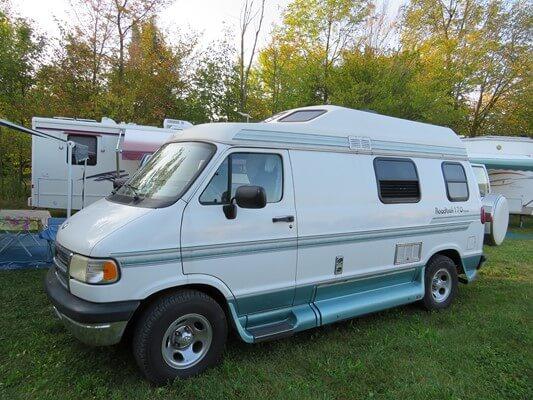 roadtreck location camping car qu bec. Black Bedroom Furniture Sets. Home Design Ideas